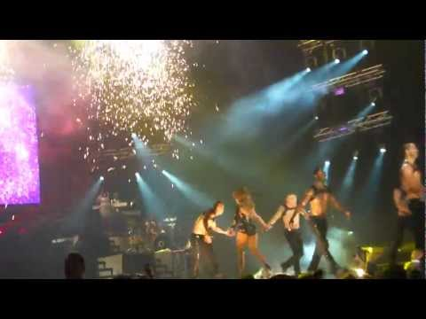 Jennifer Lopez - On The Floor (Dance Again Tour - Live in Panama 14.6.2012)