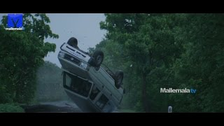 Deadly car accident scene from Arundathi movie - Anushka, Sonu Sood,Sayaji Shinde - MALLEMALATV