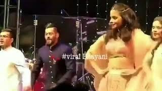 Cute Alia Bhatt Spotted Dancing At Her Bestfriend's Wedding In Jodhpur - HUNGAMA