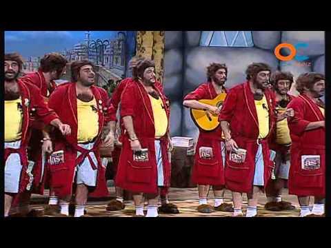 Sesión de Cuartos de final, la agrupación Los paco-piedra actúa hoy en la modalidad de Chirigotas.