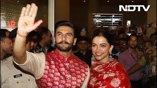 इटली से मुंबई लौटे दीपिका और रणवीर सिंह - NDTVINDIA