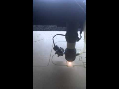 Maquina CNC Laser