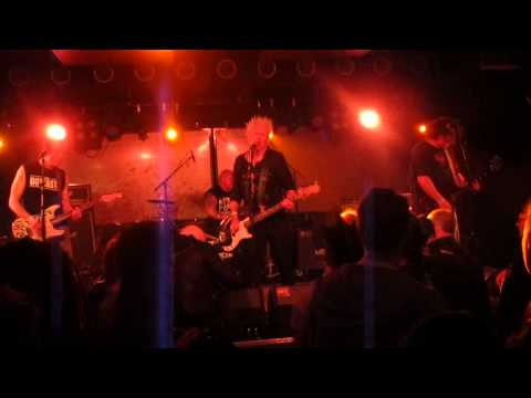 The Outcasts - Just Another Teenage Rebel (live @ Bi Nuu Berlin - Kreuzberg, 10.04.2014)