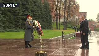 John Bolton and US ambassador Huntsman visit WWII memorial in Moscow - RUSSIATODAY