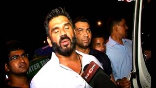 Suneil Shetty and other Bollywood star's at a party! | Bollywood News