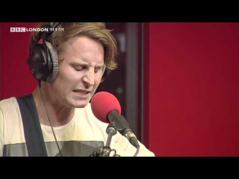 Ben Howard - Keep Your Head Up (Live on The Sunday Night Sessions)
