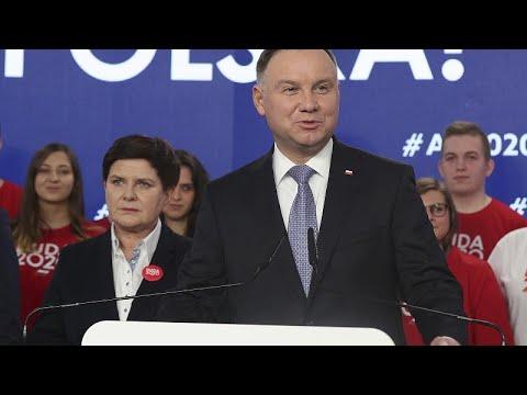 Poland's all-postal presidential vote 'dangerously undermines' democracy, warns HRW photo
