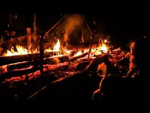 Goldenage Bushcraft Campout - Massive Long Log Fire, Bacon, Homefries, Eggs, Hike Out