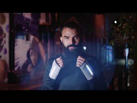 Joe Doucet creates way-finding running gloves using Reebok Flexweave
