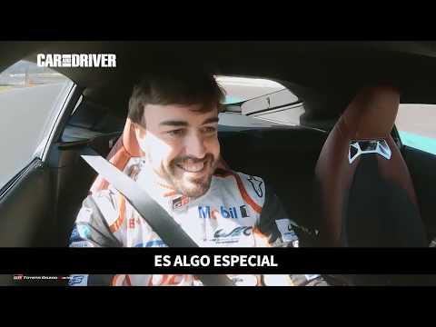 Fernando Alonso pone a prueba al Toyota GR Supra | CAR AND DRIVER
