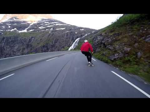 Raw Run: Trollstigen Poster