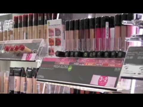 Momentum Instore: The Role of Our Cosmetic Merchandisers