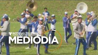 Retiran apoyo a banda salvadoreña que participó en el Desfile de las Rosas   Noticias Telemundo