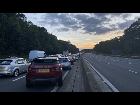 M25:-Three-dead-and-two-arrest