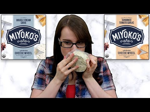Trying Miyoko's Vegan Cheese Wheels (Double Cream Chive & Sundried Tomato Garlic)