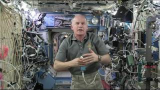 Space Station Commander Educates Students about Life on the ISS