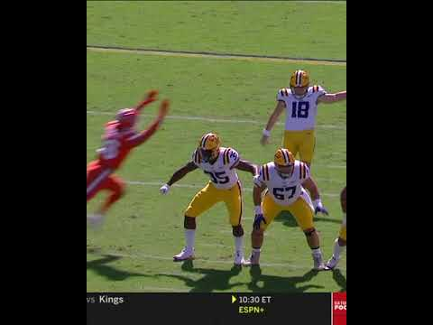 These LSU Lineman Glitched And Forgot To Block 🤣 #Shorts