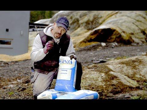 Björn bygger bo – Torrbruk i plastsäck