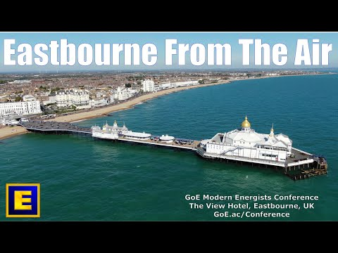 Beautiful Eastbourne Sea Front & The View Hotel  [4K]