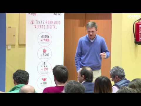 Gonzalo Mendoza (Director de Escuela de Filosofía)