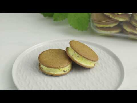 Bake and freeze holiday treats: Gingersnap sandwiches