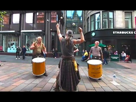 360 VIDEO: Clanadonia, Scottish Drum and Pipe Band