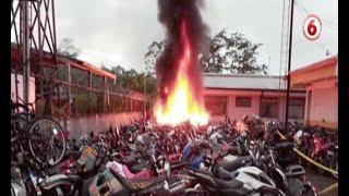 29 motocicletas quemadas en delegación de Guápiles