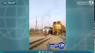 اغبياء قدام القطار !