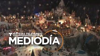 Familia hispana transforma la sala de su casa en un pueblo mágico de Navidad   Noticias Telemundo