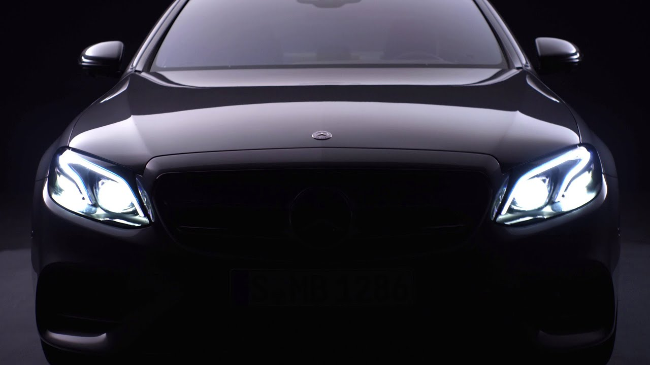 Mercedes-Benz TV: The new E-Class - Features.