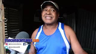 Personal de emergencia deja a su suerte residente del Barrio Azul de SFM