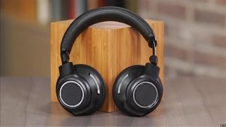 Plantronics BackBeat Pro: A full-size wireless Bluetooth headphone with an office slant