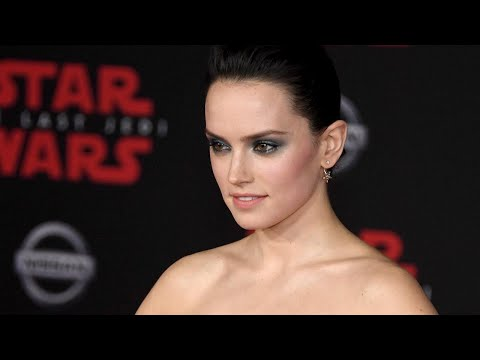 Daisy Ridley Reveals Whether Prince Harry or Prince William Make the Better Stormtrooper (Exclusi…