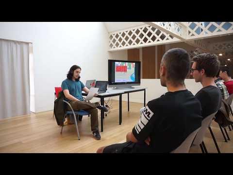 Debat: La reapropiació de l'espai indie en el mercat dels videojocs [@Expo_PressStart]