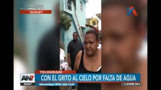 Moradores del sector Gualey protestan por la falta de agua potable