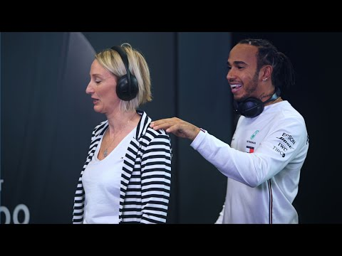 Lewis Hamilton Surprises F1 Superfans with Bose!