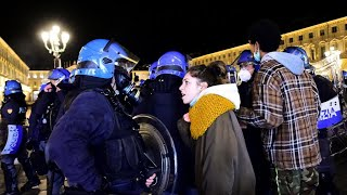 Protesters in Italy clash with police over measures to stop spread of Covid-19