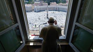Fieles vuelven a la plaza de San Pedro a oír al Papa
