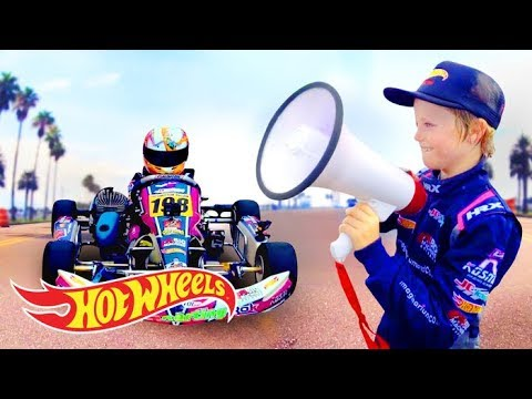 HOT WHEELS SURPRISES THE WHELDON BROTHERS A RACETRACK WHERE?! | Hot Wheels