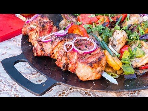 Шашлык из свинины и Курица на Садже. Ужин для всей семьи. photo