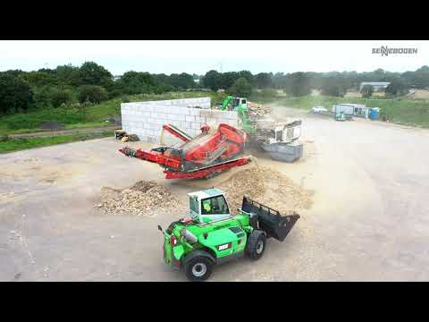 SENNEBOGEN 355 E - Recycling of waste wood, Molson Group, United Kingdom