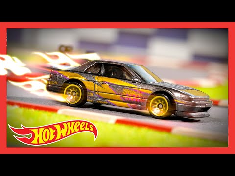 """HW SPEED GRAPHICS™ in """"THE LOOK THAT SELLS"""" 