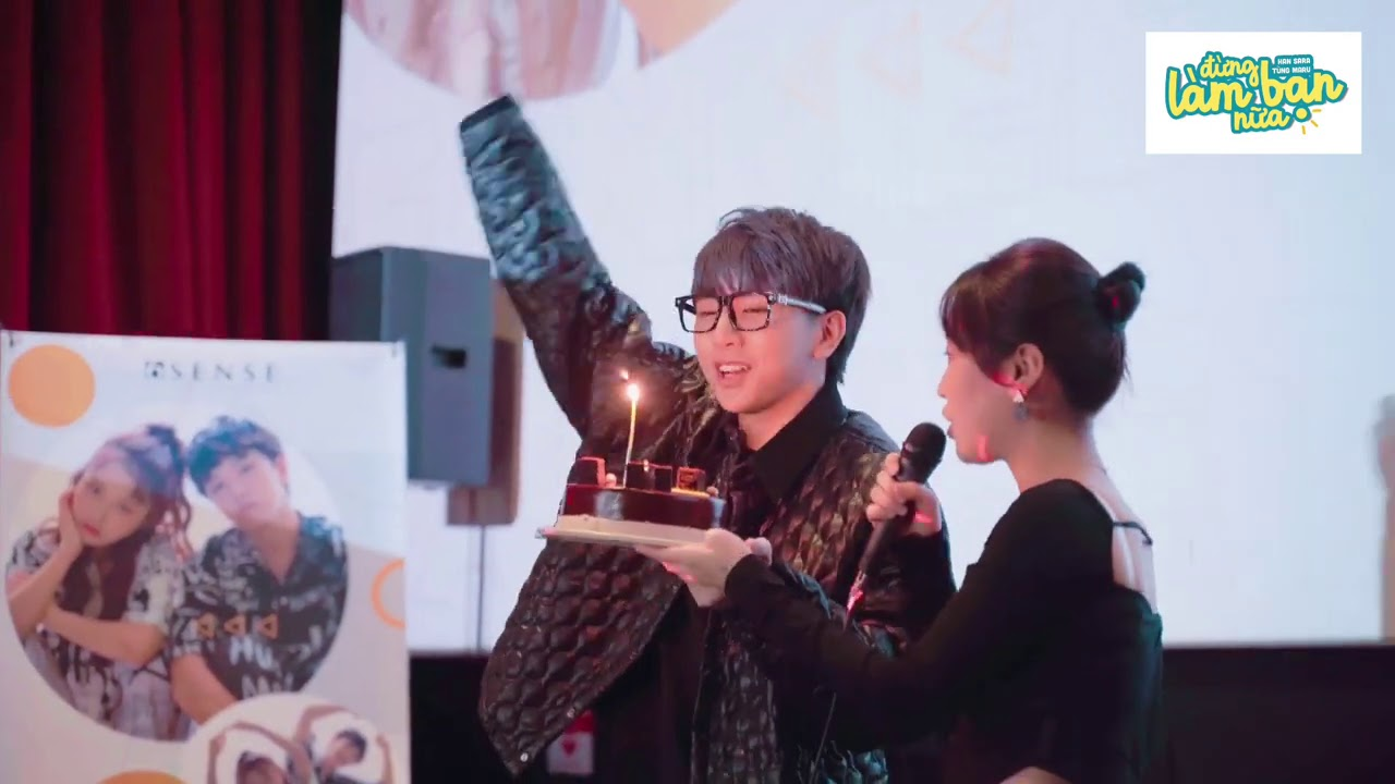 Tùng Maru bất ngờ tặng bánh kem, tổ chức sinh nhật sớm cho Han Sara tại Fanmeeting