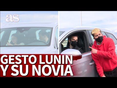 El ejemplar gesto de Lunin y su novia antes de recibir a los fans: muchos deberían aprender...