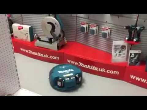 Makita DRC200, fully automated Robotic Vacuum Cleaner - AHC Powertools