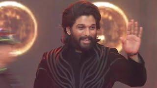 Stylish Star Allu Arjun Grand Entry | Allu Arjun Presents Aha Grand Reveal - TFPC