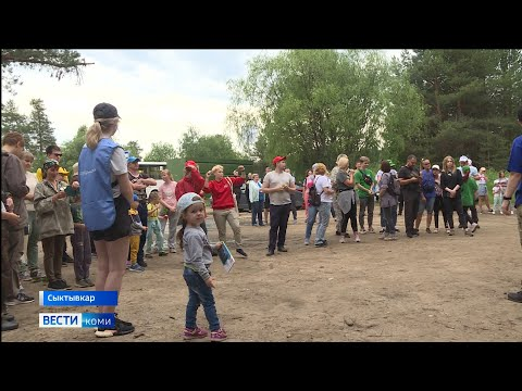 В Сыктывкаре прошла экологическая акция «Речная лента»