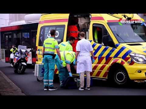 Motorrijder zwaargewond Neherkade Den Haag 22-3-2019 photo