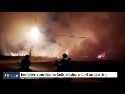 Bombeiros controlam incêndio próximo a túnel em Anastácio
