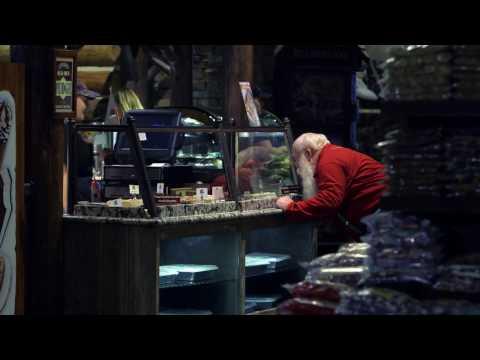 Santa Loves Fudge | Santa's Wonderland | Bass Pro Shops